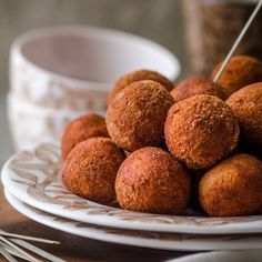 Garlic Chicken Cheese Balls - These looks so good, just melts in your mouth & when you get to the cheese part of the balls. It will feel like heaven!