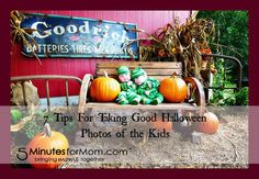 7 tips for taking good Halloween photos of the kids on 5MinutesForMom.com