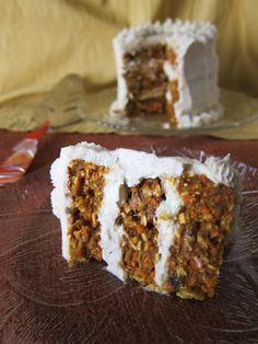 Fragrant Vanilla Cake: Raw Ginger Carrot Layer Cake