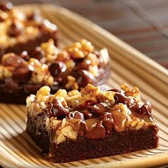 Caramelicious Turtle Brownies