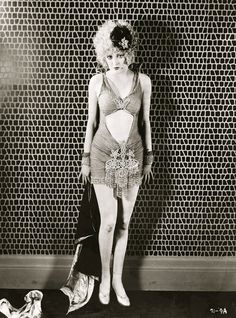 Billie Dove, 1927 | flapper | 1920s.
