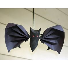 Toilet roll bat fun via @filthwizardry #Halloween #crafts #DIY #kids