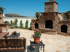 Beautiful Outdoor Fireplaces and Fire Pits : Outdoors : Home & Garden Television