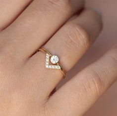Love the shape of this ring.