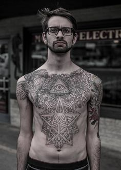 Currently working at Saved Tattoo in Brooklyn (NY), Thomas Hooper is known for his monochromatic body art using dot and line techniques. http://illusion.scene360.com/art/49012/striking-tattoos-from-brooklyn/ #tattoos #tattoo