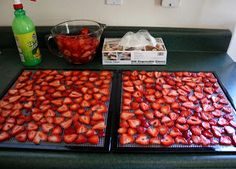 Barefeet In The Kitchen: Dehydrated Strawberries This would make a great snack