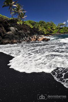 Maui Black Sand Beach at waianapanapa state park, hana