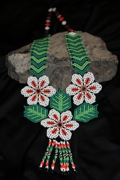 Huichol Peyote Beaded Necklace 3