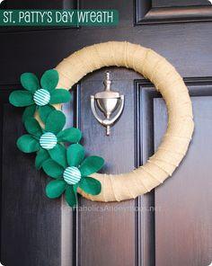 holiday, burlap wreaths, clovers, saint patricks day, flower crafts, st patricks day, craft tutorials, decorations, felt flowers