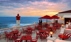 The Lighthouse Gallery   Oyster Box Hotel South Africa