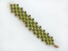 Free pattern for bracelet Provence