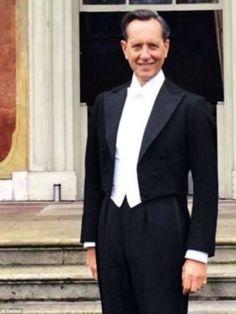 Richard E Grant white tie