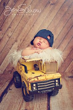 need to find a truck like this for pictures... I think my brothers used to have one when we were little.