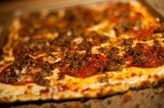 paleo pizza dough made with cauliflower! #gf #paleo #pizza
