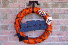happy halloween! I'm into door wreaths this year...