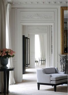 ♔ high white walls, beautiful molding and details