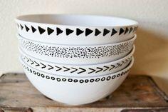 <3 DIY: White bowls + black sharpie pen