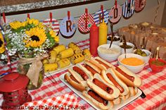 DIY Hot dog bar- Hun