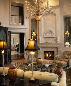 Beautiful Living Room perfect for NYE!