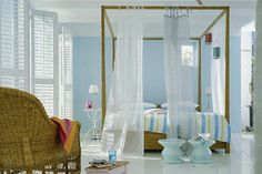 love this open airy feel to the room