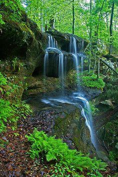 Hemlock Cliffs Falls, Indiana Hoosier National Forest-