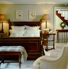 Guest bedroom - scalloped linens, symmetry - Howard Slatkin's country house