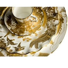 Gold Aves   The Avesbury pattern has been seen on Royal Crown Derby tableware since 1932.