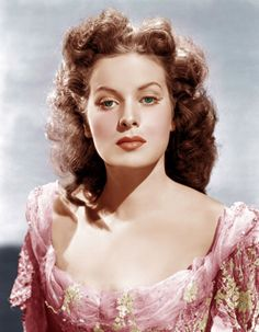 The Best Redheads Ever: A Timeline - 1947: Maureen O'Hara  Born in Ireland. Performed her own stunts. Tough broad - Esquire