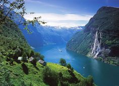 Seven Sisters Waterfall, Geiranger fjord in Norway