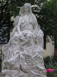 Statue of The Loreley located on the Rhine River near St. Goarshausen: In Germanic Lore, Loreley was a Siren with a sweet, melodious voice. It was with her song she lured sailors to her lair, the rock, for a sure cruel death.