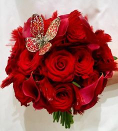 wedding flowers red roses
