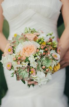 Pretty peach and green bouquet #florals #green #peach   Photo by: Pam Cooley on Snippet and Ink