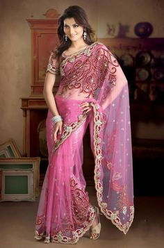 Fashionable Net Saree with Blouse
