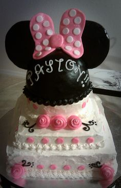 Minnie Mouse Birthday cake for a very special little girl! :)