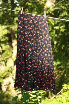 New arrival: Vintage Kathie Lee Floral Skirt