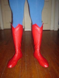 holy boots, batman! (superman boots, that is.) DIY costume tutorials that are really professional.