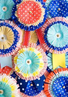 Hw to make your own DIY award ribbons