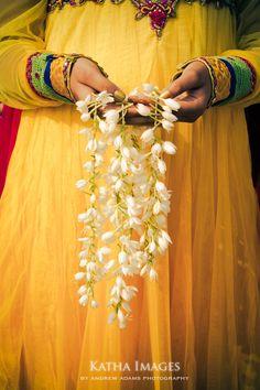 5 indian weddings, flower