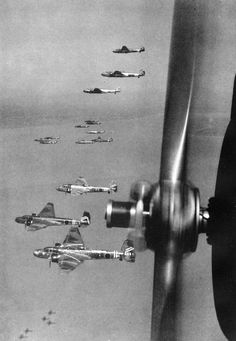 Japanese bombers in flying formation G3M Type 96 Attack Bomber (Nell)   WWII