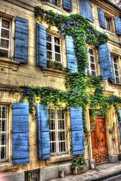 Arles ~ Provence
