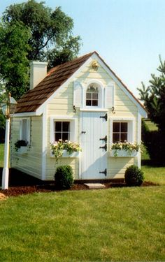 Playhouse/ shed after