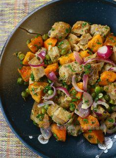 Pork, sweet potatoes and peas with yogurt and honey sauce