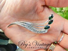 Beautiful Emerald Green And Clear Crystal by PegsVintageJewellery