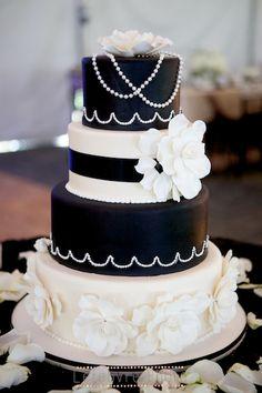 black and white wedding cake, rose wedding cake, flower wedding cake, 1920's wedding cake, classic wedding cake, art deco wedding cake, Gatsby wedding cake