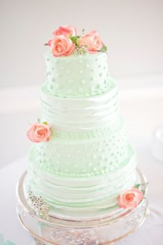 Mint & Coral Cake via Aisle Perfect / Ocean Isle Beach Wedding by Casey Rose Photography