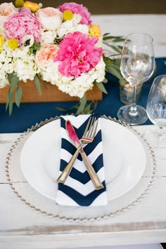 Pink & Navy   [Table Setting]