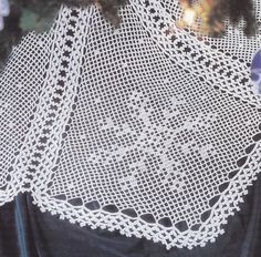 Snowflake Christmas Tree Skirt Crochet Pattern - Ultimate Christmas Tree Crochet Patterns -
