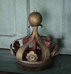 french saint crown