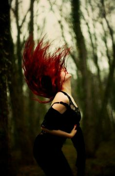 Red hair... but also pinned because this is a great picture
