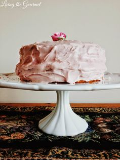 Living the Gourmet: Strawberry Cake